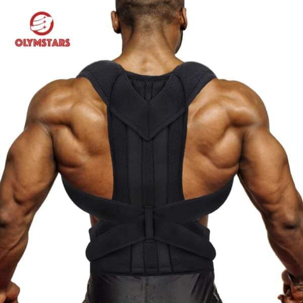 Un dos musclé avec le correcteur postural de dos